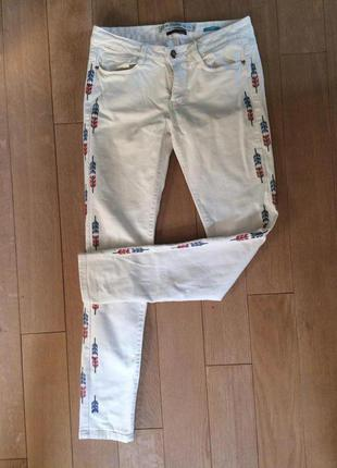 Белые джинсы скини skinny zara