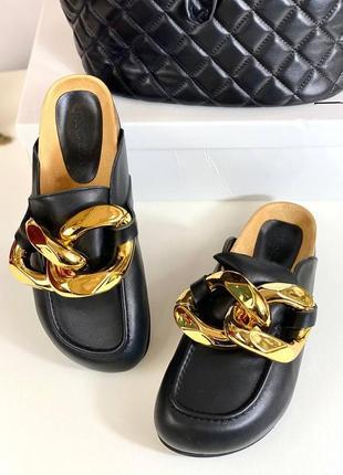 Шлепанцы женские кожаные черные брендовые с цепью