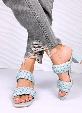 Шлепанцы сабо плетение на широком каблуке. наложка