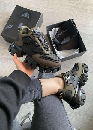 Шикарные кроссовки унисекс наложка