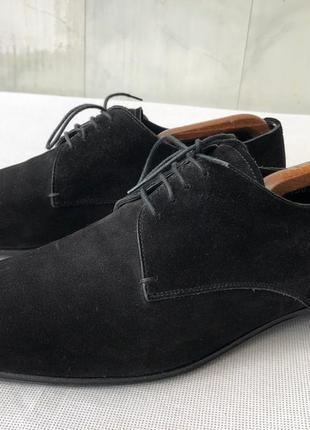 Замшевые туфли на шнурках от prada (италия),идеальное состояние