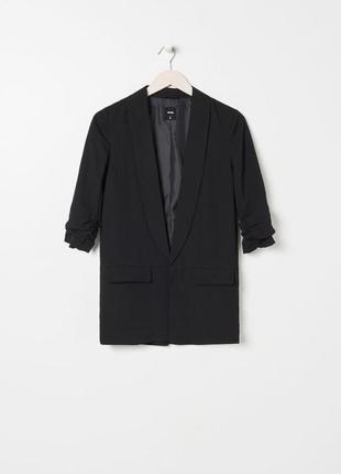 Блейзер/ пиджак чёрного цвета, новый
