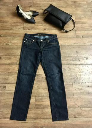 Осенние джинсы р.28 плотные темно-синие colin's