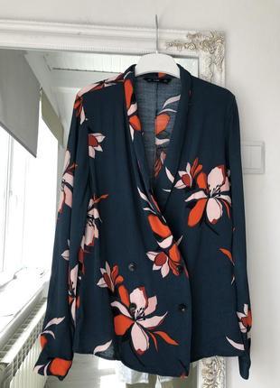 Піджак з квітковим принтом