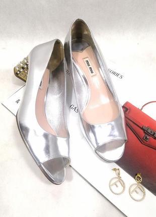 Кожаные серебряные туфли miu miu оригинал камни кристаллы стразы