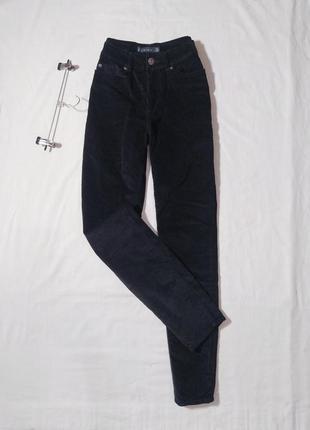100.7 черные вельветовые джинсы мом