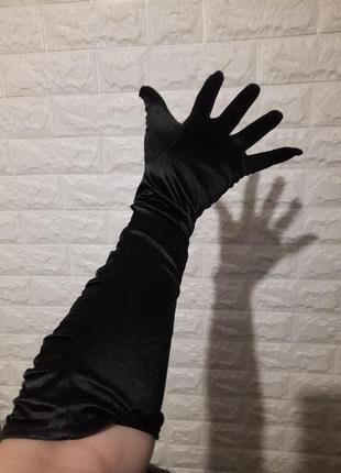 Перчатка чёрная, одна штука, высокая перчатка