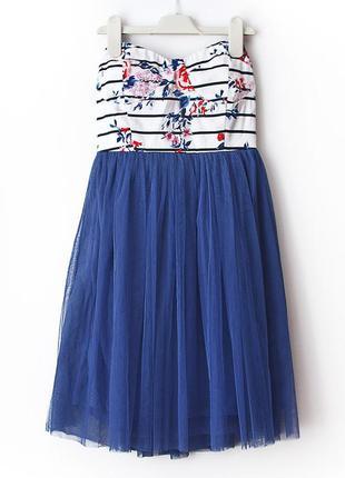 Очень красивое платье-бюстье с фатиновой пышной юбочкой
