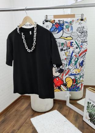 Спідниця-олівець з міккі маусом в чорному та білому кольорі