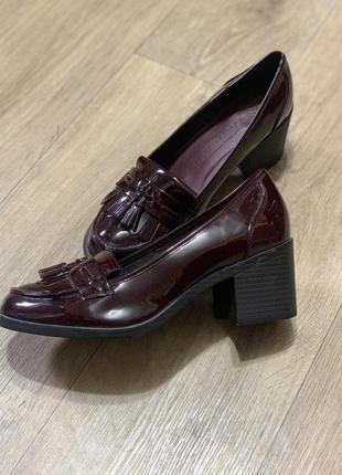 Туфли лофер новые бордо