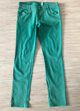 Джинсы нежно-зеленого цвета от s.oliver размер 42, укр 48-50