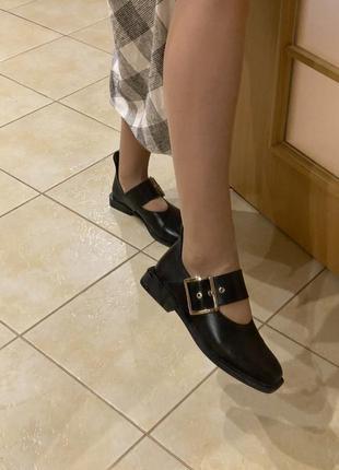 Кожаные итальянские туфли . самый модный фасон