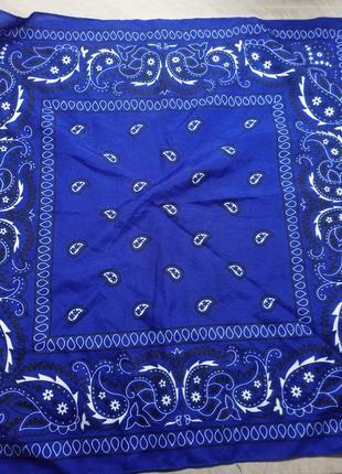 Бандана огурцы бело-черные на синем фоне