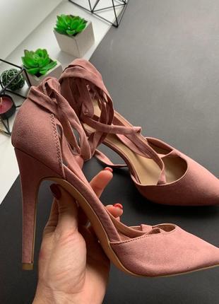 👡утонченные розовые босоножки new look/нюдовые босоножки на высоком каблуке с завязками👡
