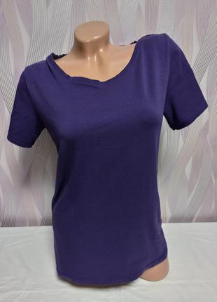 Однотонная фиолетовая футболка , дефект р. l/xl, от designers
