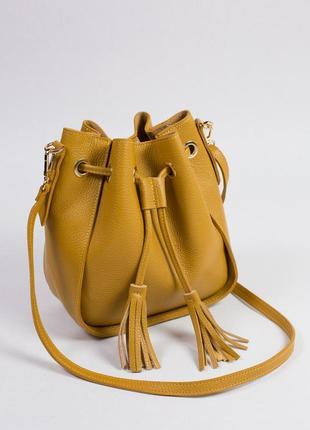 Вместительная и удобная сумка-мешок на каждый день.