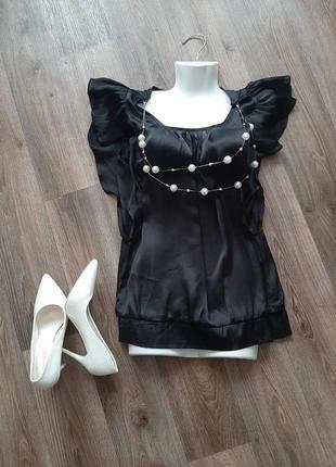 Черная блуза с бусами и валанами бренда jenifer tailor 44-46 размера