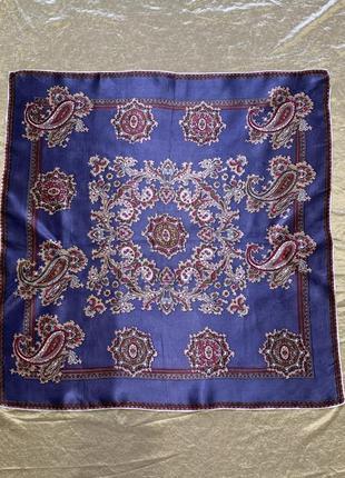 Яркий шелковый платок косынка  italy шов роуль  67*67