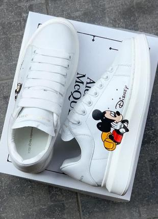 Alexander mcqueen white mickey mouse белые кроссовки микки маус
