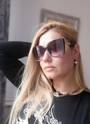 Элегантные брендовые чёрные солнцезащитные женские очки очень красивые