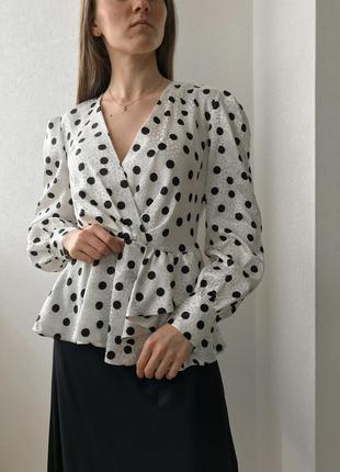 Сатиновая блуза в горошек с объёмными рукавами river island