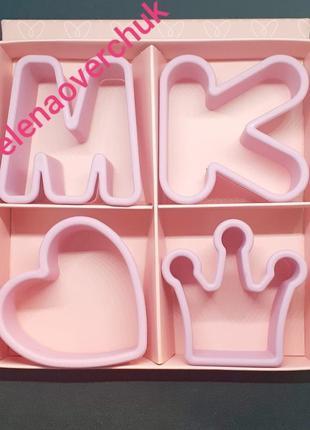 Розовый набор форм для печенья мери кей