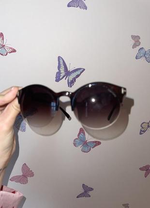 Солнцезащитные очки tom ford коричневые круглая форма