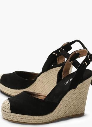 Новые босоножки на танкетке платформе стильные эспадрильи туфли
