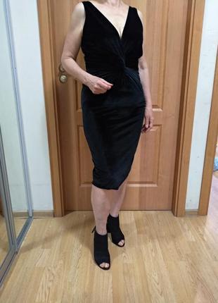 Эффектное велюровое красивое платье! р. 12