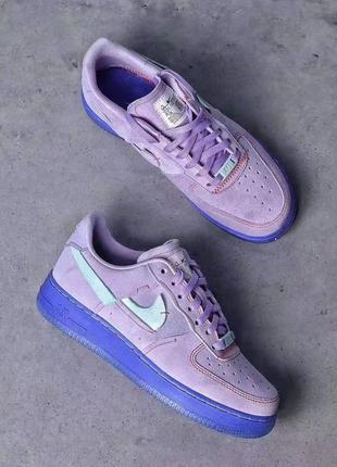 Сиреневые замшевые кроссовки air force 1 lxx purple agate