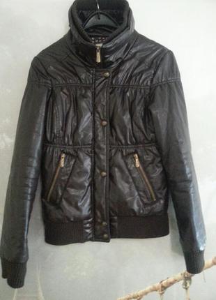 Куртка на сентопоне .bershka.