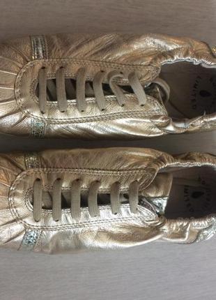 Супер золотистые кроссовки!!