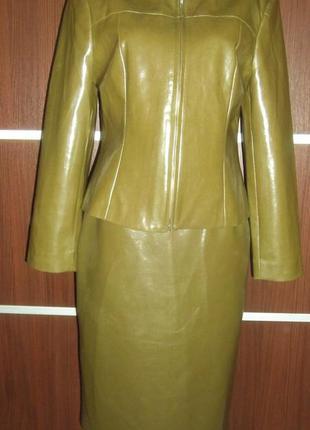 Новый костюм из кожзама inwear. размер 12 l.