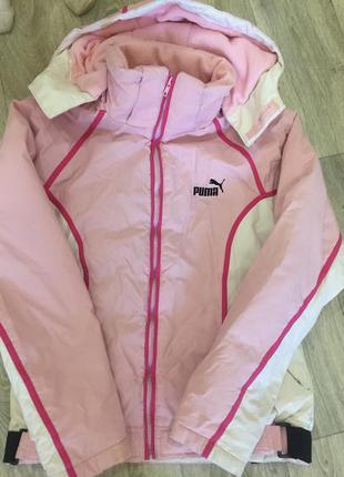 Теплющая курточка puma