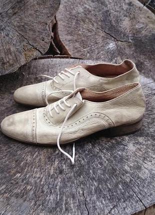Туфлі kookai з ефектом потeртостей р. 37 - 37,5