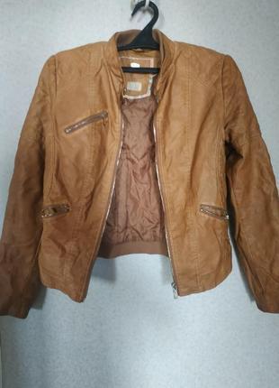 Куртка из экокожи от bershka