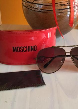 Сонцезахисні окуляри від італійського бренду 🇮🇹🇮🇹🇮🇹🇮🇹moschino3 фото