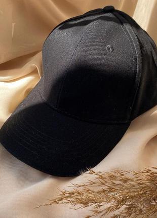 Базовая черная хлопковая кепка бейсболка