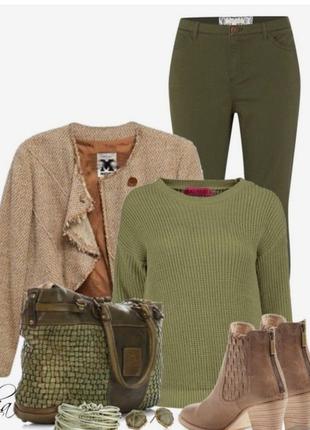 Вязаный свитер цвета хаки