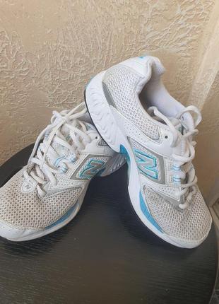 Жіночі кросівки new balance 37