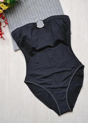 Лаконичный цельный купальник бандо morgan с контрасными швами