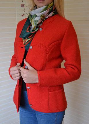 Vip! шикарный пиджак жакет пальто giesswein красный из чистошерстяной ткани pure wool