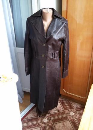 Роскошное длинное утепленное кожаное пальто по фигуре mango 100% кожа