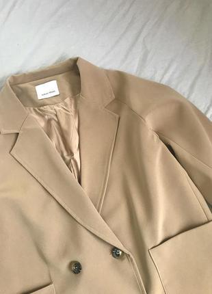 Легкое пальто-жакет, двубортный пиджак, блейзер