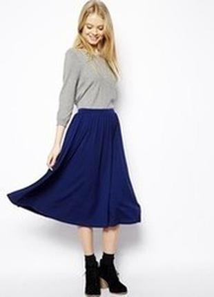 Тренд 2018: темно-синяя юбка из льна расклешенная удлиненная peruna