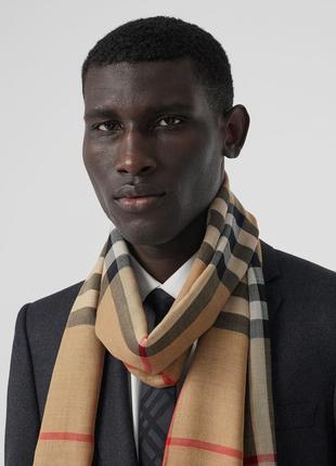 Облегченный шерстяной шелковый шарф в клетку