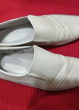 Мужские классические  туфли,светлый беж,размер 42