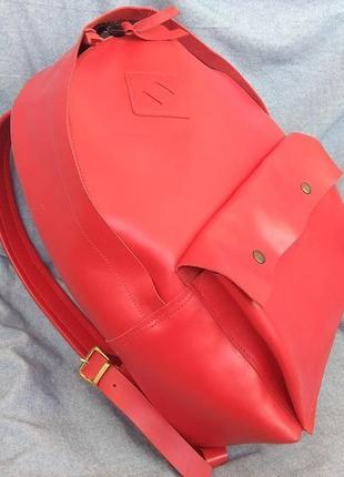 Рюкзак красный кожаный