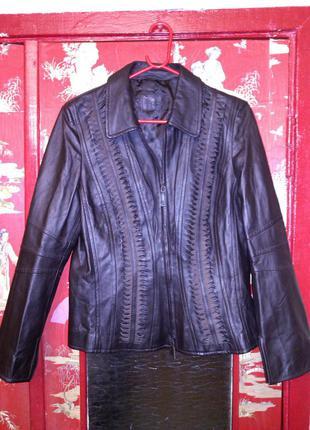 Шикарная,изящная,мягчайшая,кожаная,коричневая куртка,betty barclay