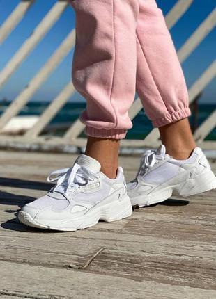 Adidas falcone женские кроссовки адидас в белом цвете
